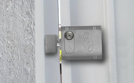 Cerradura eléctrica: Más seguridad para tu portón automático